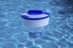 小型タブレットの鉱泉の化学薬品ディスペンサーを浮かべるプールのハイドロツール