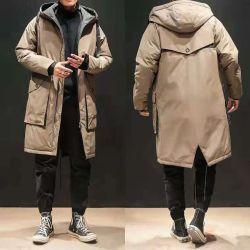 긴 남자 겨울 재킷을 보는 바람막이