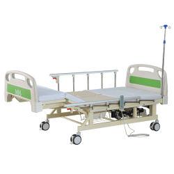 Медицинское обслуживание продуктов питания электрической кормящих кровать с туалетом и вливание полюса для пациентов