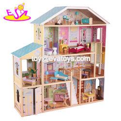 Novo design atraente e luxuosos 34 peças de mobiliário em madeira Meninas Doll House brinquedos W06A217