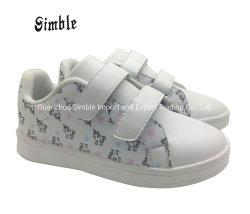Kind-Kind-Fabrik-Marken-Form weißes beiläufiges Shoescute Einhorn-Muster