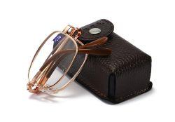 2020 Des lunettes de lecture de repliage d'ordinateur Filtre de lumière bleu lunettes anti nuisibles lunettes anti-reflets de lumière bleue avec boîtier Logo personnalisé