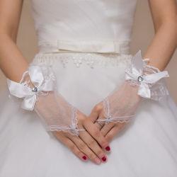 レースの結婚式の手袋のFingerless花嫁の手袋の美しい手袋の花嫁のための安い結婚式のアクセサリ