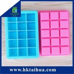 Идеальный размер квадратной формы Food Grade силиконового льда лотки пресс-формы с 15 Ice Cube и крышка