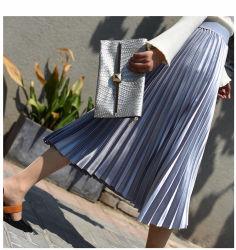 2020명의 여자의 형식 금속 실크 기관에 의하여 주름을 잡는 높 허리 중앙 길이 치마