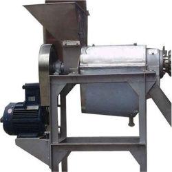 Опытные шелковицы выжмите сок из процесса машины