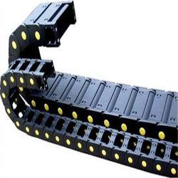 Semi-Closed 유형 플라스틱 케이블 운반대 견인 강철 견인 사슬 기술설계 견인 사슬 금속 견인 사슬 보호 케이블 견인 사슬 스레드 관