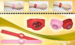 OEMの新しく環境に優しい卵形の非難の腕時計