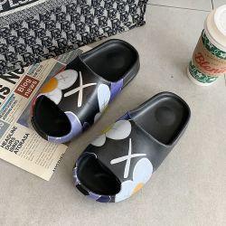 슬리퍼 활주 샌들 낙서 Yeezy 여름 활주 신발 주문 Yezzy Yeezy 남자의 플래트홈 슬리퍼 활주 샌들