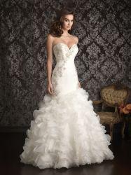 Il Organza bordante di cristallo della sirena del vestito da cerimonia nuziale dell'innamorato increspa il vestito da cerimonia nuziale nuziale della fuori-Spalla