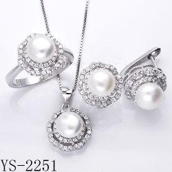 Juwelen 925 van de parel Echte Zilveren die Juwelen met CZ worden geplaatst