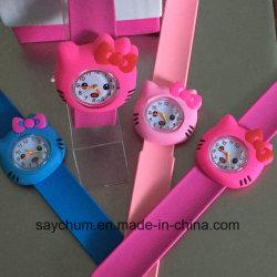 Cores Doces Quente/Rose/cor-de-Rosa Hello Kitty Bofetada Assista Meninas Cartoon Kids Watch relógio de pulso em borracha de silicone