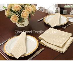 Décor rustique de protection environnementale de la gaze de coton des serviettes de table de mariage
