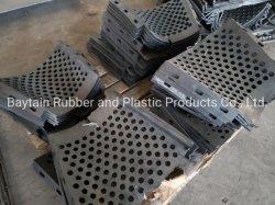 高炭素の鋼鉄二重ひだスクリーンの金網を振動させるか、または高いマンガン鋼鉄カーブ鉱山ワイヤースクリーン網によってひだを付けられるワイヤーに身に着け抵抗する砕石機
