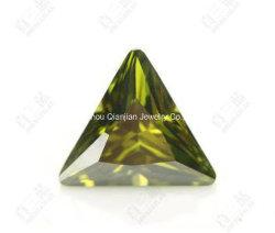 4X4mm Triângulo Peridot Azeite/trilhões de Corte Zircónia Cúbicos Diamantes solto