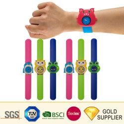 Оптовая торговля Логотип Fashion Sport силиконового герметика бить часы пластиковые резиновые Kid взрослых женщин браслет стопорное цифровой Band Quartz водонепроницаемый для просмотра рекламных подарков
