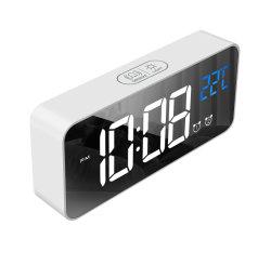 침실 부엌 호텔 테이블 책상을%s 광도 센서를 가진 디지털 미러 LED 스크린 자명종