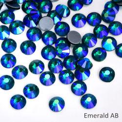 Kingswick Esmeralda de alta calidad en hierro Ab Rhinestones Hot Fix Motif Cristal Strass para ropa de diseño