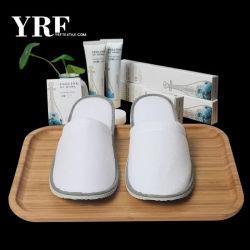 Cheap Wholesale Custom Hotel salle de bains intérieure jetable en velours pantoufles