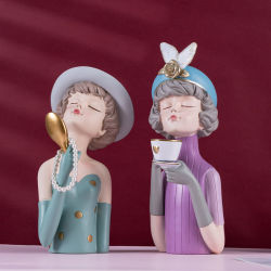 Guter Preis Polyresin macht Harz-Statue-Polka PUNKT Mädchen-durchbrennenluftblasen-Figürchen-Skulptur für Hauptdekoration in Handarbeit