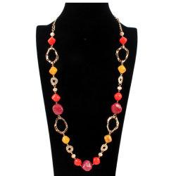 個人化された方法宝石類赤いビードの長いネックレス