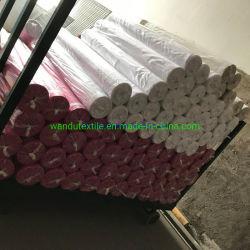 Commerce de gros d'usine de 100% Polyester Eau de Javel Feuille d'hôtel Tissu blanc 135gsm