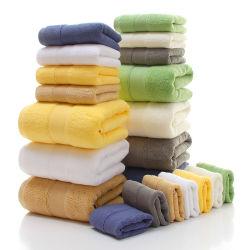 Fornitore lussuoso OEM Commercio all'ingrosso Set asciugamani da bagno Telo liscio Terry Towel 100% cotone per sport uso vario Towel per il viso dell'hotel