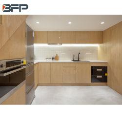 La mélamine Grain du bois solide plat pour armoires de cuisine moderne appartement