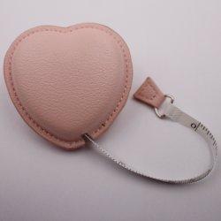 Meilleure vente Girlish coeur cuir synthétique ruban de mesure de marque personnalisées