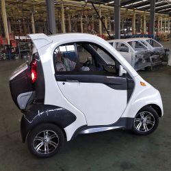E-coche híbrido con peso en vacío y alta velocidad de 600 Kg.