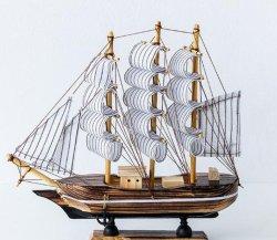 Decoración artesanal de madera Modelo de barco velero