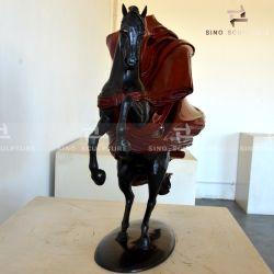 Литая деталь бронзовая скульптура с краской и патина готово
