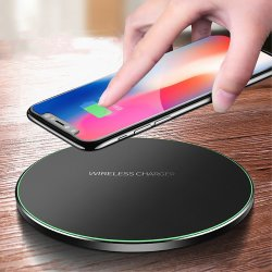 Le Qi standard 10W Chargeur sans fil rapide pour iPhone et Samsung