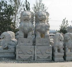 Granit sculptés à la main Lion Sculpture Statue d'animaux pour la décoration (CV005)