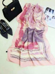 L'impression Stripe Design Fashion Lady tissés depuis longtemps populaire Foulard en Soie
