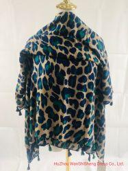 Sciarpa molle del poliestere stampata leopardo blu alla moda animale di Ladie 2020 della sciarpa della stampa nuovo con Tassles