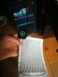 USBのプラグが付いているカスタマイズされた電池の熱くするパッド