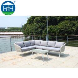 テラスの藤の屋外モジュラー柳細工の部門別のソファーの一定の庭の家具