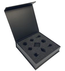 صندوق هدايا مغنطيسية فاخر من أجل اللباس ورقة عالية الجودة صندوق نمط كتاب التغليف مع شعار مربع ساعة المجوهرات مع الإسفنج