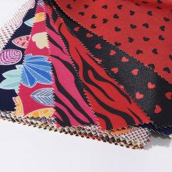 جلد صناعي مخصص أنماط متعددة مطبوعة من القماش اللامع المصنوع من الكلوريد المتعدد الكلوريد للحقيبة والمحفظة وحقيبة اليد