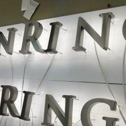 3D LEIDEN AchterLit verlichtte het Geborstelde Embleem van het Teken van de Brief van Channnel van het Metaal