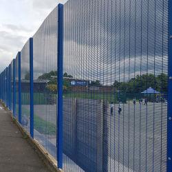 Le fil soudé enduit de poudre 358 Mesh Anti escalader la clôture de sécurité,