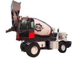 5.5 Auto cubico di trasporto dei tester che carica il camion della betoniera con la pompa idraulica