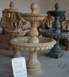 Maison en pierre Jardin Carcving intérieure de l'eau des fontaines en marbre