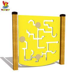 Wohnim Freien hölzernes Kind-Spielplatz-Geräten-Puzzlespiel-Plastikspiel