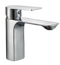 Le laiton eau chaude et froide du robinet du bassin à levier unique Touchez 602701