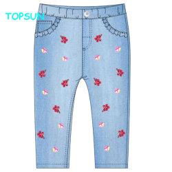 Pantaloni casuali molla delle ragazze e nuovi pantaloni del denim del ricamo dei bambini dei jeans di autunno