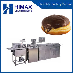 작은 기계를 의복을 입히는 빵집 음식에 의하여 사용되는 초콜렛