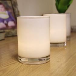 Pulido de color blanco de portavelas de vidrio