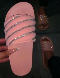 Elegante e confortável sapatos de mulheres chinelos Sandálias Lantejoulas Calçados Calçado de praia para senhoras Sapatas Deslizantes